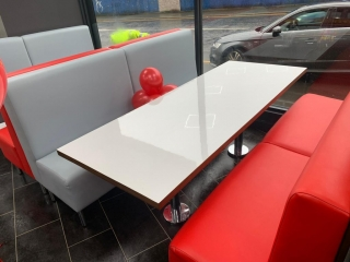 Fast Food seating and table